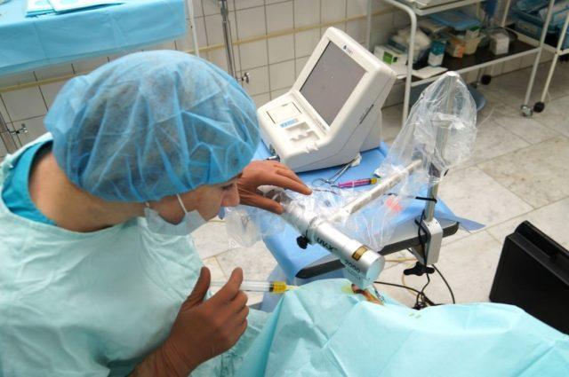 глазная микрохирургия