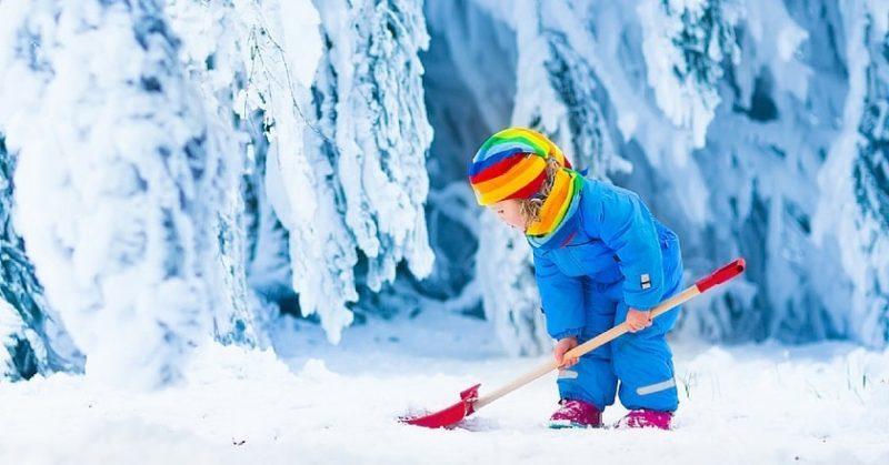 чем занять детей на зимних каникулах