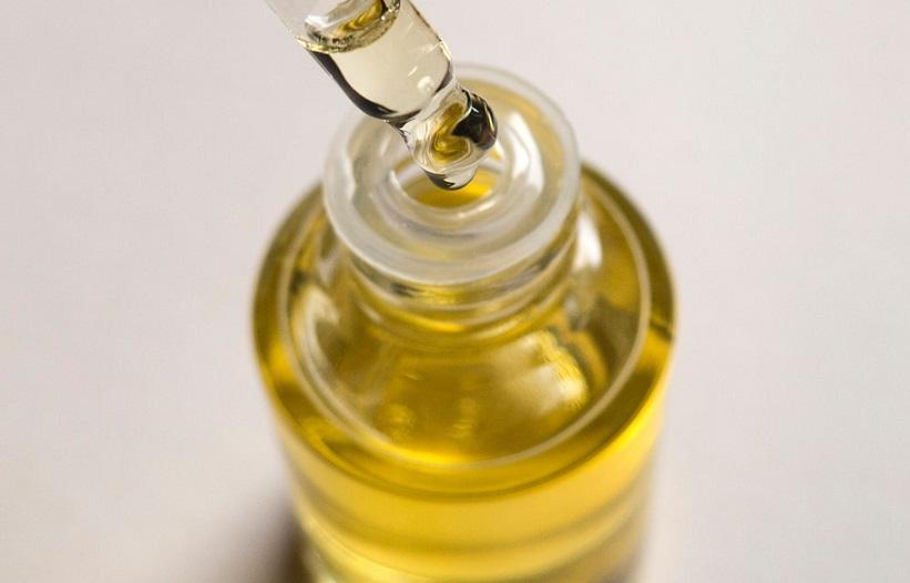 применение косметического масла